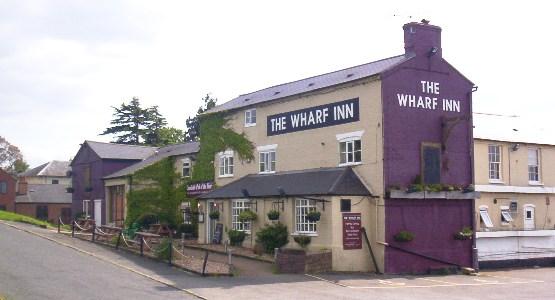 Wharf_inn_fenny_compton_ok